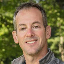 Head shot of Dan Rothberg, grant director