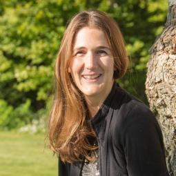 Peggy Poncelet headshot
